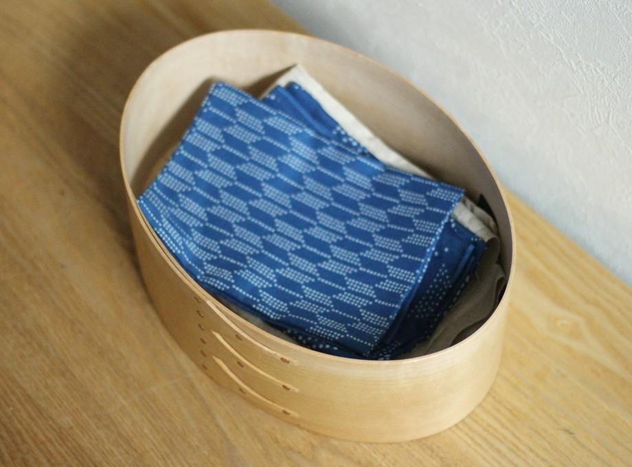 《受注生産》藍染ハンカチ(矢絣)